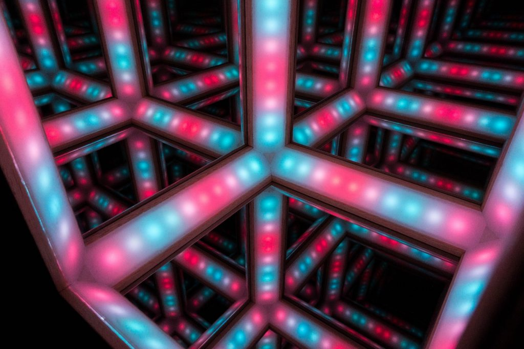 Infinity cube IOHD 2018